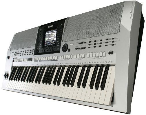 PSR S-900
